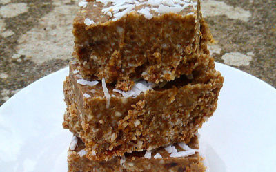 Rough coconut carob slice